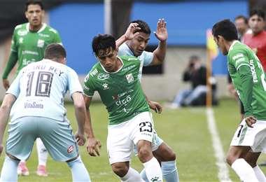 El partido se disputó a buen ritmo. Foto: Henry P. Ugarte