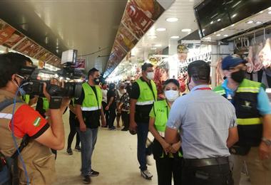 Operativos en los mercados de Santa Cruz. Foto. Alcaldía municipal