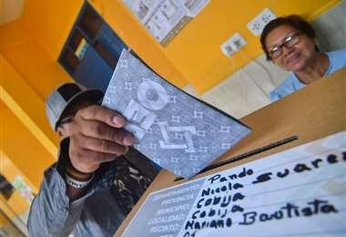 Durante el día, al igual que todos los bolivianos, los candidato votaron