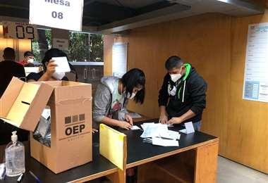 En San Pablo ya comenzó el conteo de votos (Foto: Nadia Vargas)