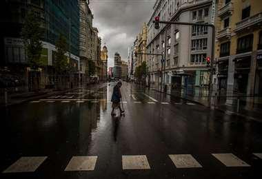 París desierta en primera noche de toque de queda