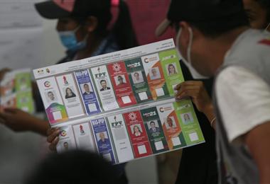 Bolivianos acudieron a las urnas. Foto. EL DEBER