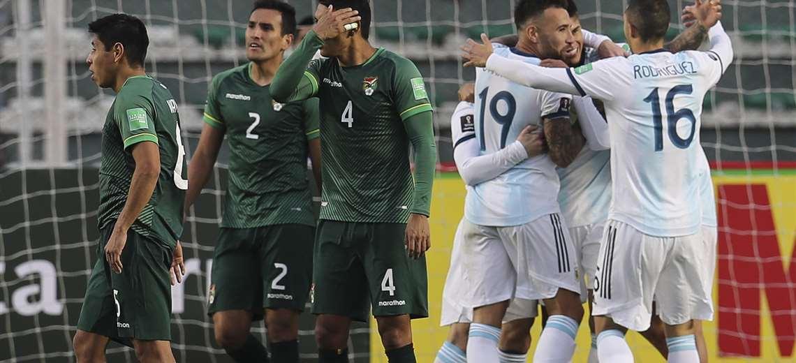 Bolivia mostró total desorganización en el inicio de las eliminatorias. Foto: AFP