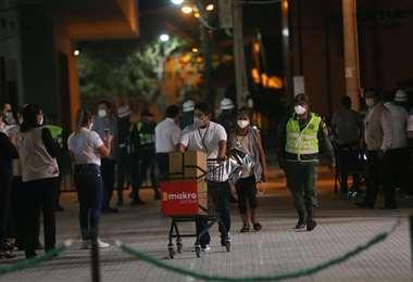 Las actas comienzan a llegar a la Fexpocruz. Foto: Jorge Ibáñez