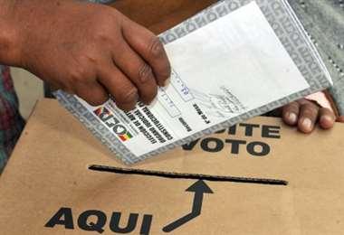 Alertan vigilia para el control del voto