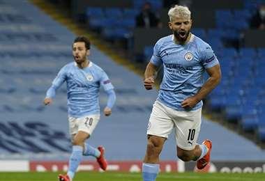Sergio Agüero anotó el primer gol del City. Foto: AFP