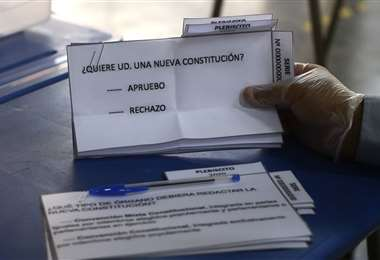 Las boletas que se utilizarán el domingo. Foto AFP