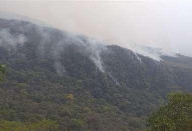 El COEM dispuso un rastrillaje terrestre para evitar cualquier reactivación de fuego