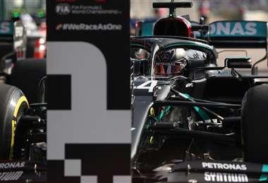 Lewis Hamilton saldrá primero este domingo en el GP de Portugal. Foto: AFP