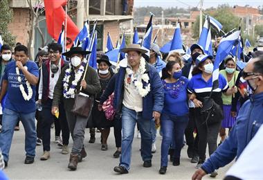 Arce Catacora en su caminata preelectoral en Tarija