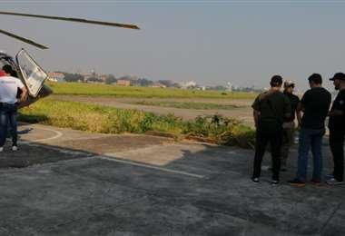El ministro de Defensa se alista para el sobrevuelo /Foto:Leyla Mendieta