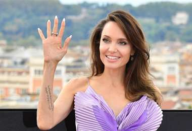 Angelina Jolie desde que vivió en Camboya, en 2011, come insectos