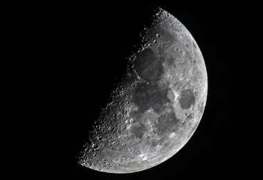 Descubren más agua en la Luna. Foto Internet