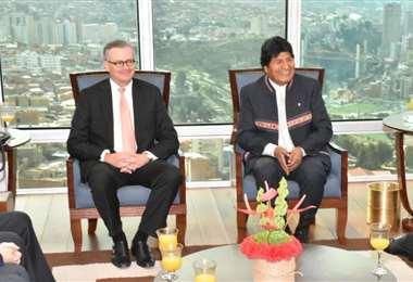 González (izq.) se reunió con Evo (der.) antes de las elecciones de 2019