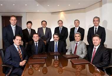 La banca con nuevas autoridades (Foto: Asoban)