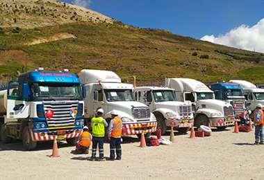 Unos 80 cisternas son los encargados de transportar el diésel desde Arica