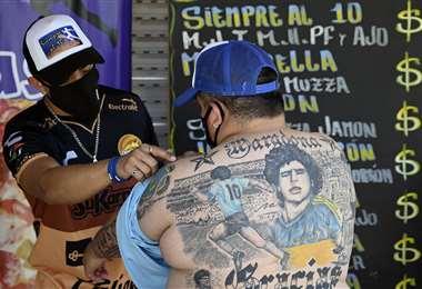 Así luce la espalda de Guillermo Rodríguez. Foto: AFP