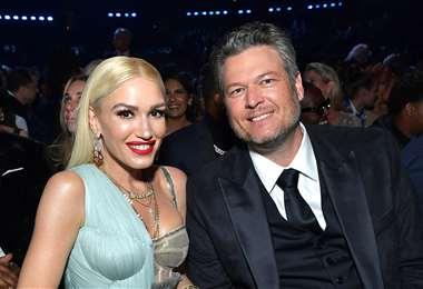 Gwen, de 51 años, y Blake, de 44, anunciaron su compromiso en las redes sociales