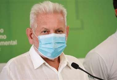 Rubén Costas, en rueda de prensa. Foto: Gobernación de Santa Cruz