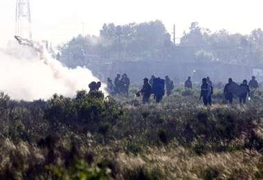 Los vivientes se resistieron al desalojo. Foto La Nación