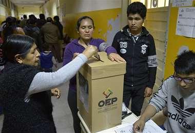 Votación de bolivianos residentes en Argentina