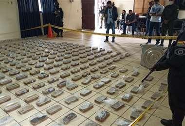 La droga decomisada I Bolivia Tv.