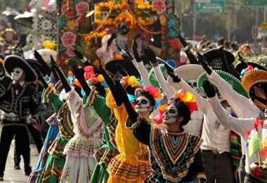 El Desfile del Día de Muertos en México. Foto AFP