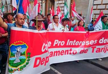 El movimiento cívico de Tarija está decidido a iniciar una lucha en las calles