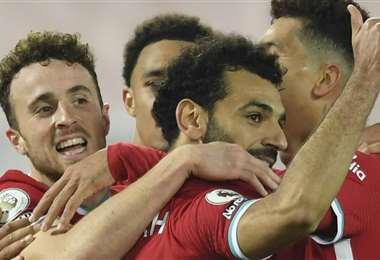Salah anotó el primer gol del Liverpool. Foto: AFP