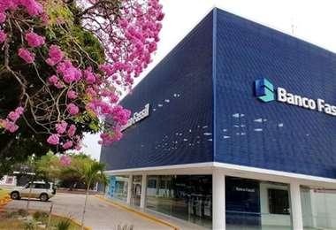 Un grupo de accionistas del Banco Fassil se hizo con acciones del FIE (Foto: Internet)