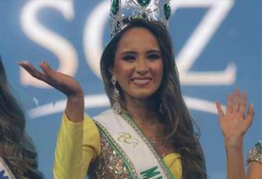 La nueva Miss Santa Cruz tiene 21 años y estudia odontología/Foto: Fuad Landívar