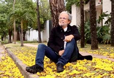 Charles Suárez estrenó recientemente la canción Tajibos en invierno