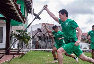 Bueno durante un entrenamiento antes de la suspensión del torneo. Foto: Oriente Petrolero