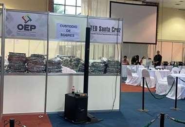 Foto referencial, el centro de cómputo de las elecciones fallidas de 2019