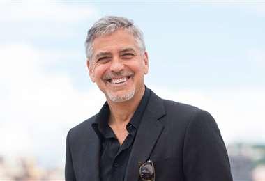 George Clooney cree que los bienes materiales se deben compartir con los amigos