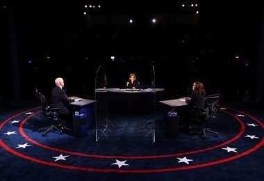 El debate entre Kamala y Mike se desarrolla en EEUU. Foto: AFP