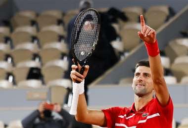 Novak Djokovic derrotó este viernes al griego Stefans Tsitsipas. Foto: AFP