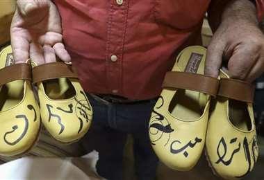 Los 'famosos' zapatos. Foto AFP