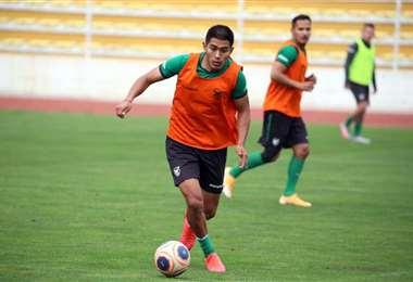 Saavedra puede estar desde el inicio frente a Ecuador. Foto: Prensa FBF