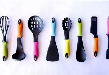 Estos utensilios forman parte de la colección. Foto: EL DEBER