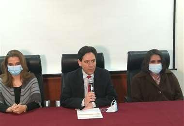 El presidente del TSE, Salvador Romero, anunció el calendario de las elecciones