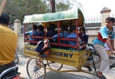 Los rickshaw son comunes en Pakistán. Foto Internet