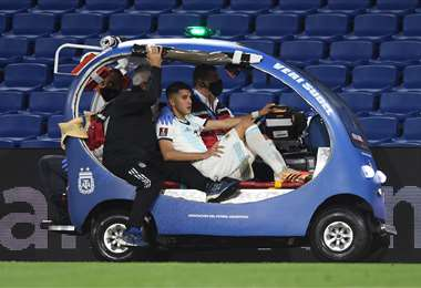 La lesión de Palacios fue el jueves durante el partido contra Paraguay. Foto: AFP
