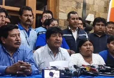 Evo y Lucho pueden verse por primera vez las caras en Cochabamba