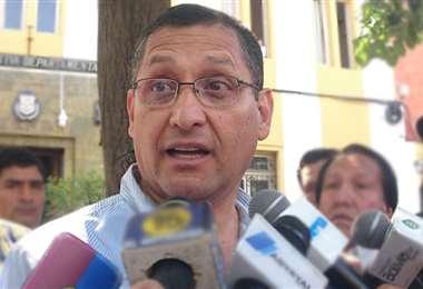 El candidato Óscar Montes desconoce las acusaciones en su contra