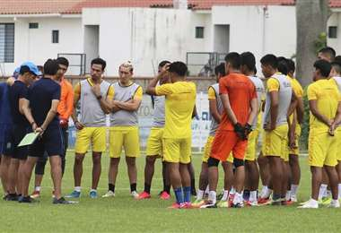 Los jugadores de la academia durante un entrenamiento. Foto: Club Blooming