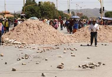 Es el cuarto día de bloqueo en la localidad de Sipe Sipe