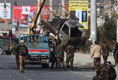 En los últimos seis meses, los talibanes han perpetrado 53 atentados suicidas