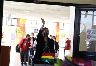 Lenka Nemer llega a su tierra natal, La Paz