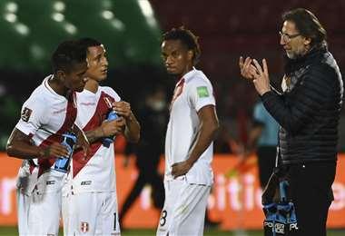 Ricardo Gareca y sus dirigidos no han tenido buen comienzo en la eliminatoria. Foto: AFP.